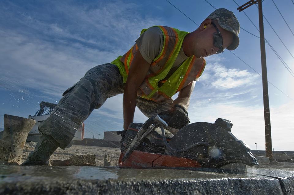 полагане на бетон